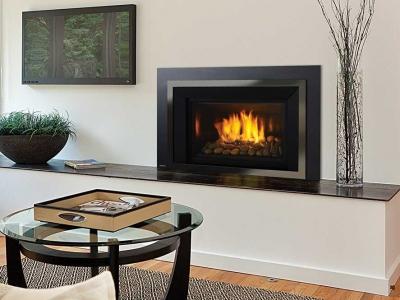 Regency HRI6E gas insert fireplace